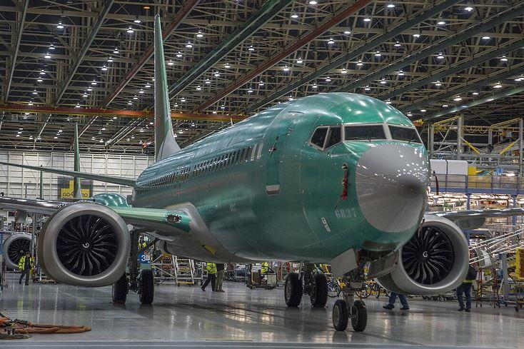 Boeing 737 MAX 8 (2).jpg