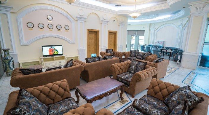 Новый зал ожидания в аэропорту Алматы.JPG