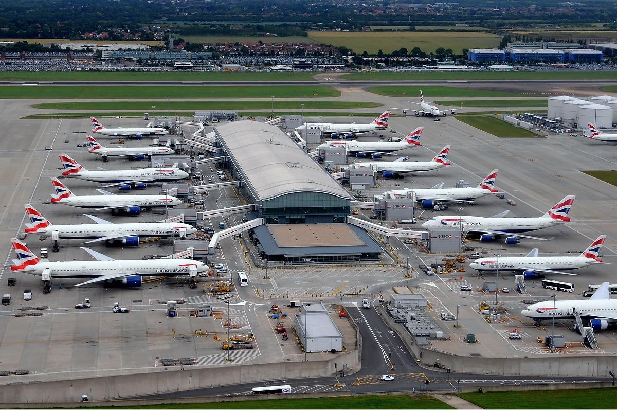 Аэропорт Хитроу.jpg
