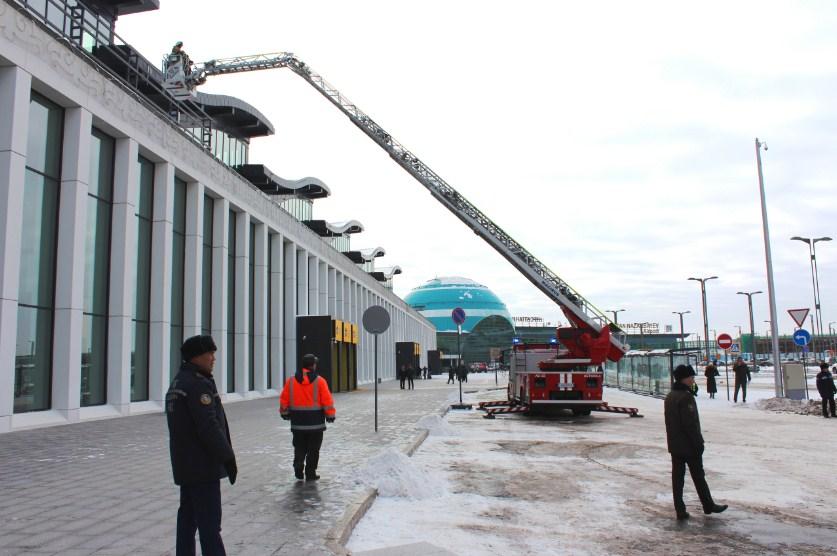 В Международном аэропорту Нурсултан Назарбаев прошли учения.jpg