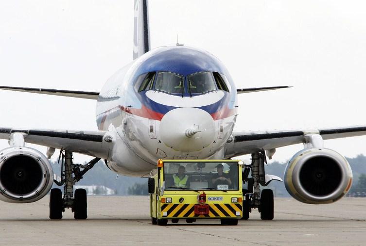 Авиакомпании предупредили Акимова о росте затрат и простое самолетов
