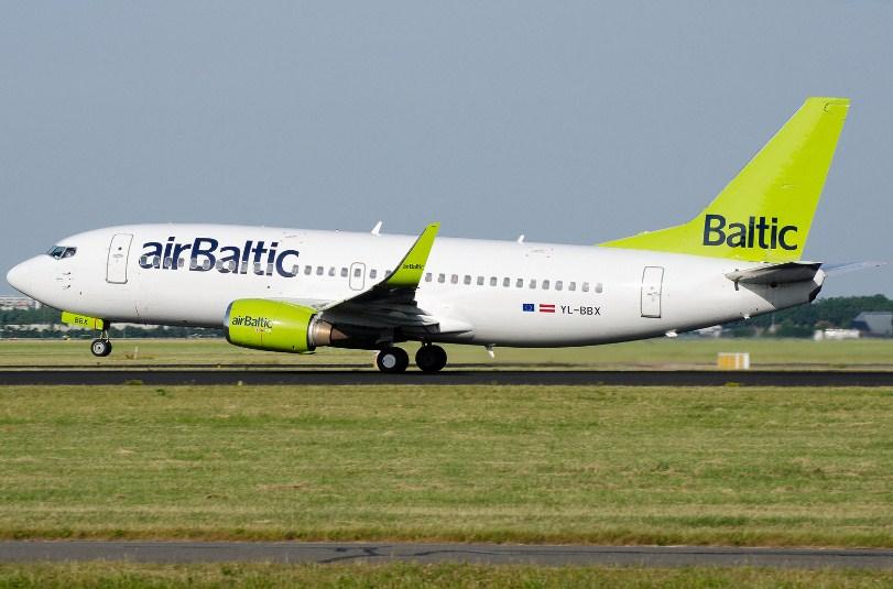 Авиакомпания AirBaltic устроила масштабную распродажу билетов из Украины