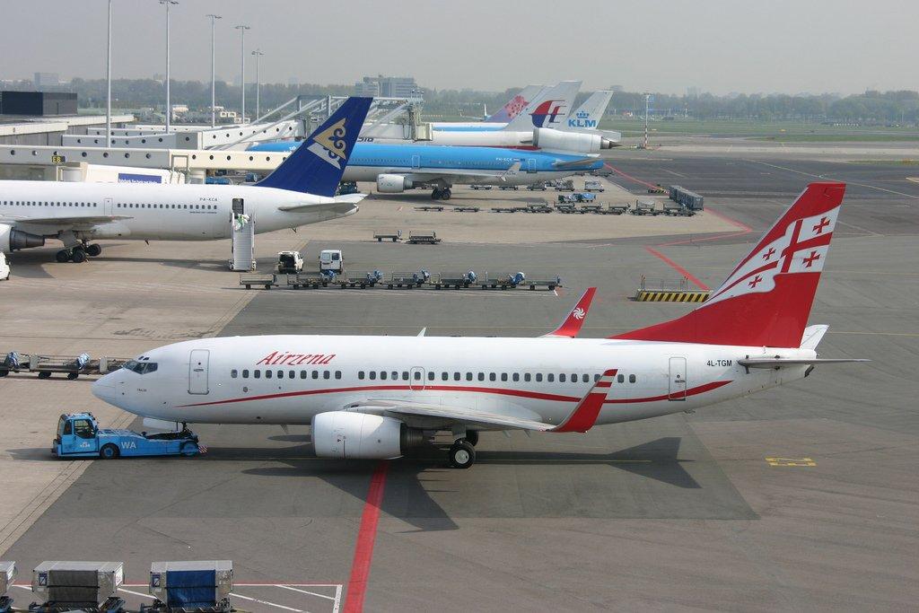Иностранные авиакомпании занимают 88% авиационного рынка Грузии
